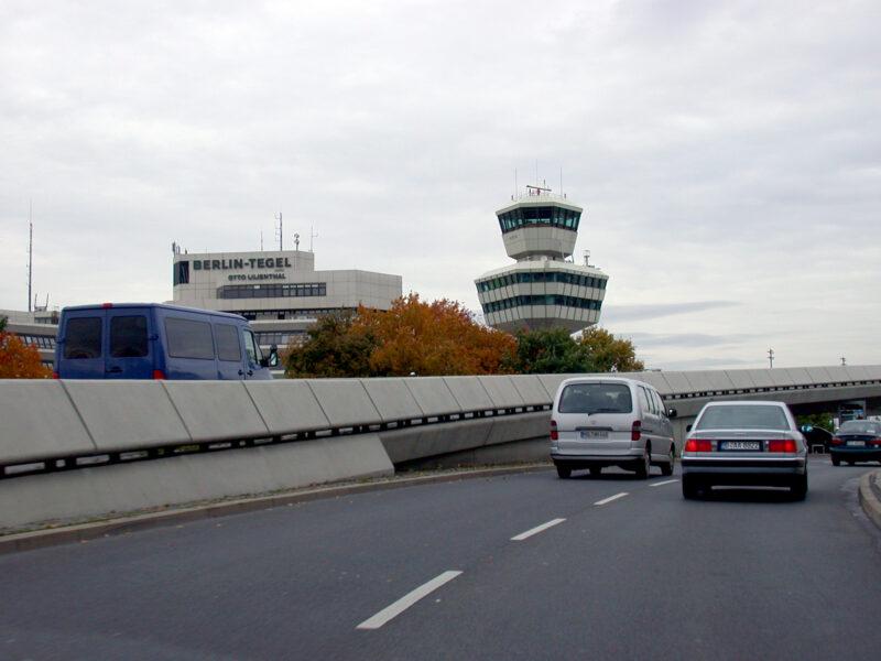 Anfahrt zum Flughafen Tegel