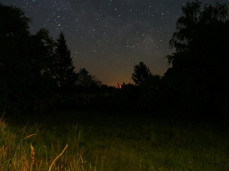 Sterne–Nacht–Himmel Langzeitbelichtung