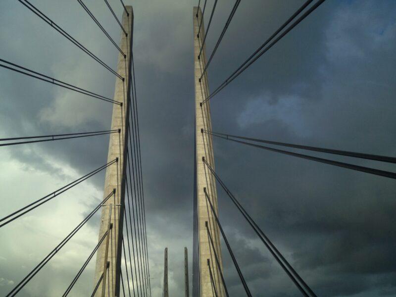 Öresundbrücke: Pylone, Himmel, Wolken