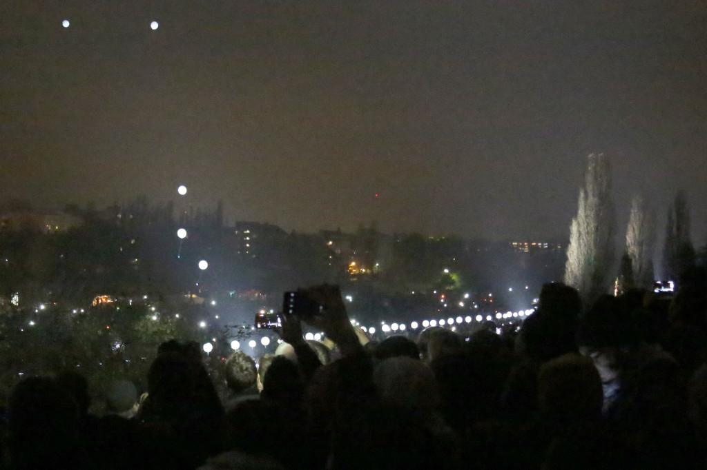25 Jahre Mauerfall: Lichtgrenze Mauerpark Berlin