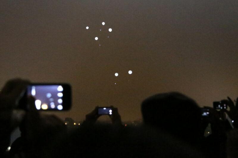 Berlin Lichtgrenze: Mauerpark Ballons