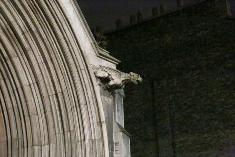 London: St James's Roman Catholic Church