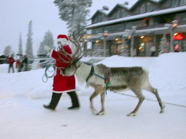 Weihnachtsmann Rentier Ruka Finnland